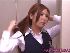 Solo japanese milf using vibrator to orgasm