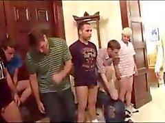 Ricorso gay per questi ragazzi del college confraternita