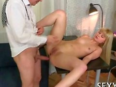 Succulent pounding of a hot twat from an experienced dude