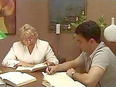 Öğrenci ile Olgun İtalyan öğretmen