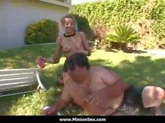 La Minion - Fat guy con piccole femmine scopate Dick e mangiare cibi 04