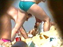 candid big topless bobbs at beach