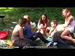 Warm Schüler Sex Gruppensex Party