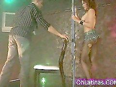 Latinassa strippari ei joten sexy