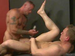 Muscular Stud Sean Durans Big Cock Hookup
