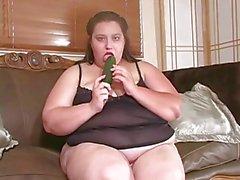 bbw eenzaam wiht haar grote groente