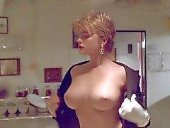 Erika Eleniak Under Siege ( Topless ) sammanställning