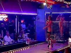 Dinheiro CMNF Strip Club