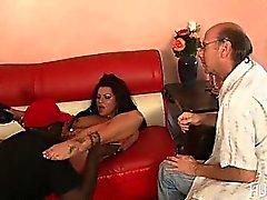Esposa negro suplica para el bien negro pene