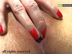 Nice young momy tease pusy part 2