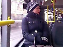 Yeni çerisinde 3 (otobüs )