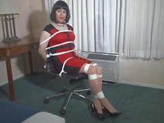 Kyra chairtied