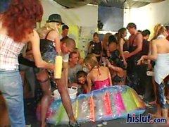 Girls at einem verrückten Party