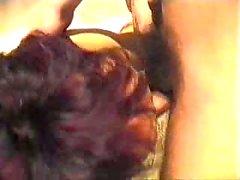 Una doccia sesso con la Hairy Slag età matura
