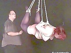 Chubby slaven schorsing bondage en dominantie