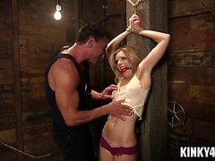 Hot pornstar bdsm bondage med cumshot
