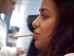 turkishwoman 1 tupakointi