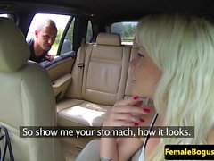 Pussylicked female cabbie pounded outdoors