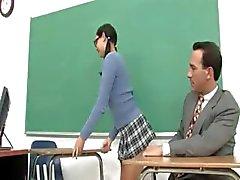 Lüks bakıcısı ve onun azgın öğretmen