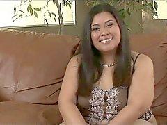 Tyung Ли ( Филиппинский -американского красивые женщины ) и Клаудио Meloni (итальянский)