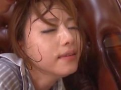 ( Hntimes ) Akiho Yoshizawa BAMBINA AMMIRA IL MEDICO SCOPATE leccava PARTE 1