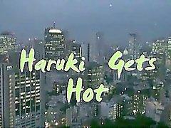 Haruhi consigue caliente