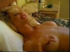 Stockinged milf works her pussy hard
