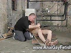 Orgy omosessuali twink inglesi Ritaglio Chambers è la sua dell'ultima vittima , confinate e