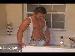 Michael Fitt-get It wet