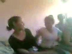 Arabiska flickor dansa naken