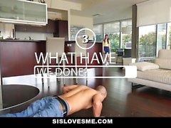 SisLovesMe - Angelic Step-Sis ist eine geile Schlampe
