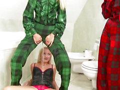 Rich pissloving lesbian babes bath fucking