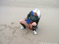 Squirting beach babe in blonde teen public nudity and sea