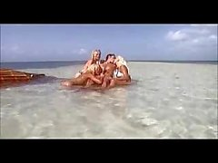 Beautiful Blondes Sucking A Guy In A Sea