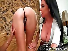 Amazing lesbo 3some super