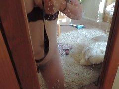 HD MIlkymama squirts latte ingerito latte riempito e gioca con figa pelosa