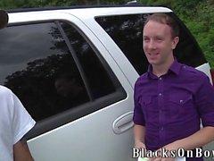 Jayden Jones Assrides Una Big gallo nero