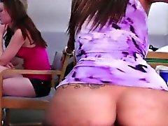 Studentesse sexy in cazzo di casuale per denaro
