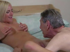 Kate visit his grandpa