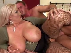 Big Natural Breasts 2 - Escena 4 - Producciones DDF