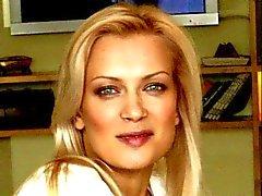 olesya Sudzilovskaya les pieds le pied