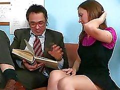 De baise Doggystyle avec le professeur