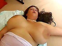 Eden Mor orgasmi