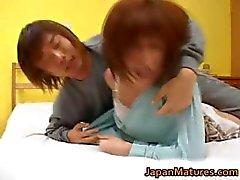 Kaori Nanba Japanese mature babe gets part2