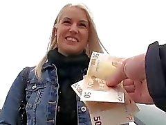 Lindo Eurobabe Beata fodido por dinheiro