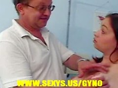 Hottie girl in gyno exam