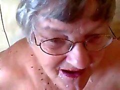 Großes Gesichts auf 76 Jahre alt Oma! Amateur