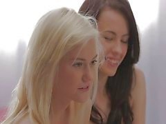 Erotische Trio Teen meisjes Groepsex