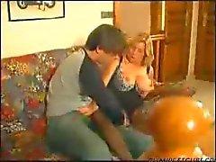ranskalaiset kypsä nainen tykkää nuoren miehen