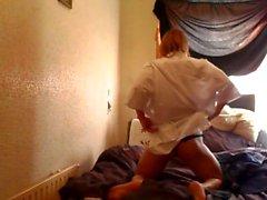 Tabbyanne utför sexig striptease (me)